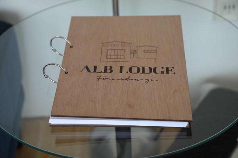 Alb_Lodge_Gaestebuch